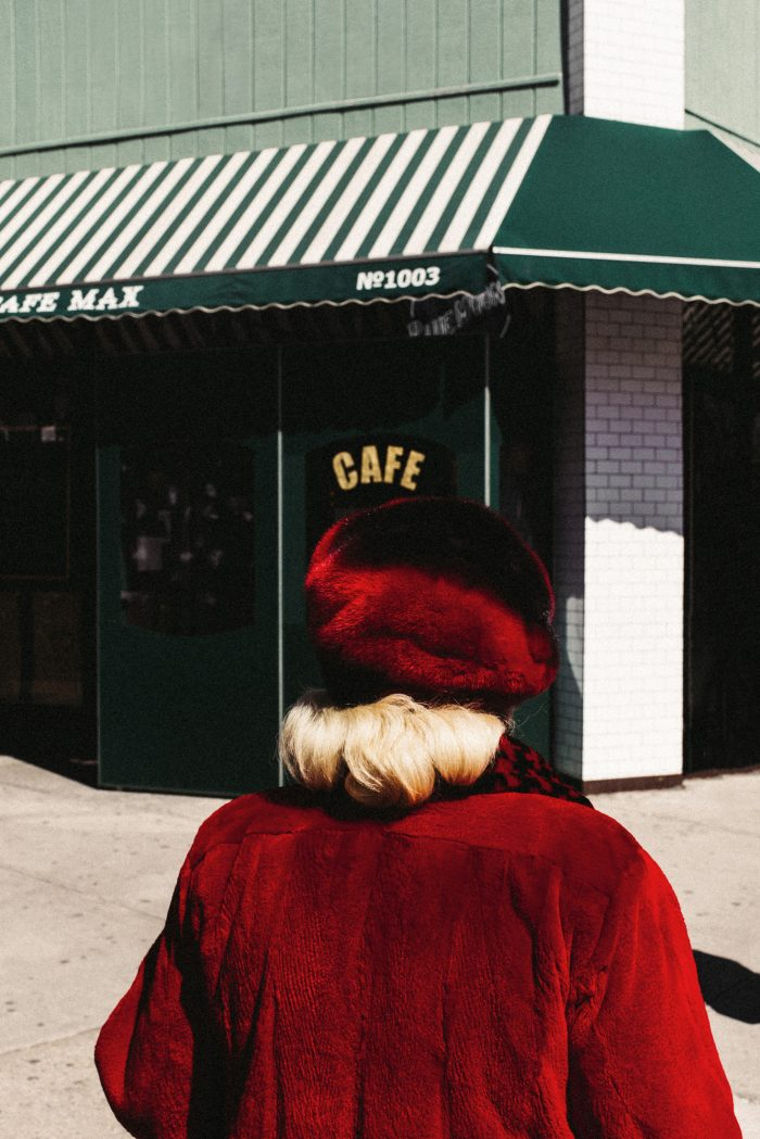 Le Cafe by Arnaud Montagard
